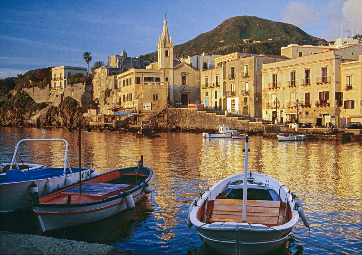 Harbor-Boats-Lipari