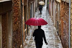 Alley-Umbrellas-Venice