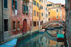 Canal-Bridge-Venice